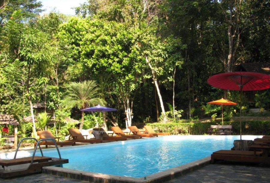 TH_Hotel_MaeHongson_Fern_Swimmingpool
